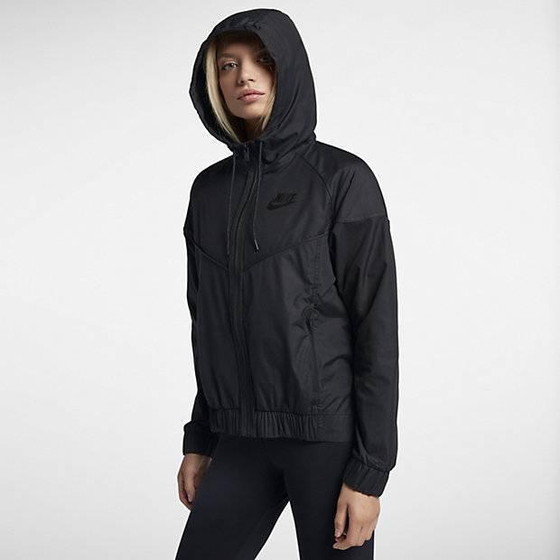 1335312e Женская куртка Nike Sportswear Windrunner (Черный) (883495-010 ...